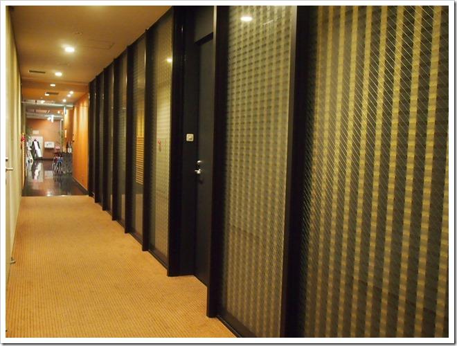 宿泊棟の廊下
