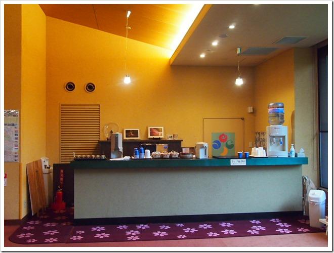 カフェサービスカウンター