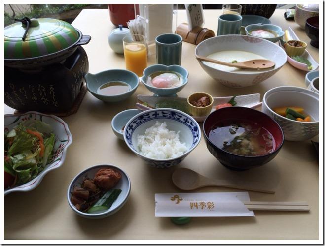 朝食の全体写真