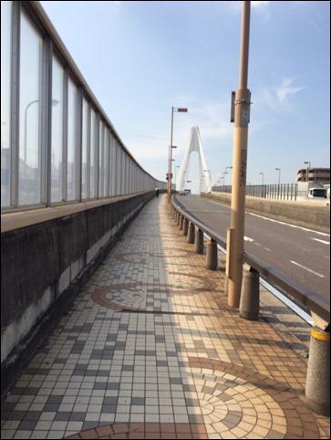 大師橋の勾配