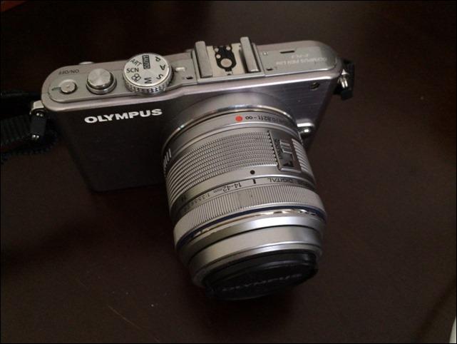 E-PL3に標準レンズを装着