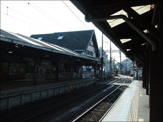 江ノ島駅構内